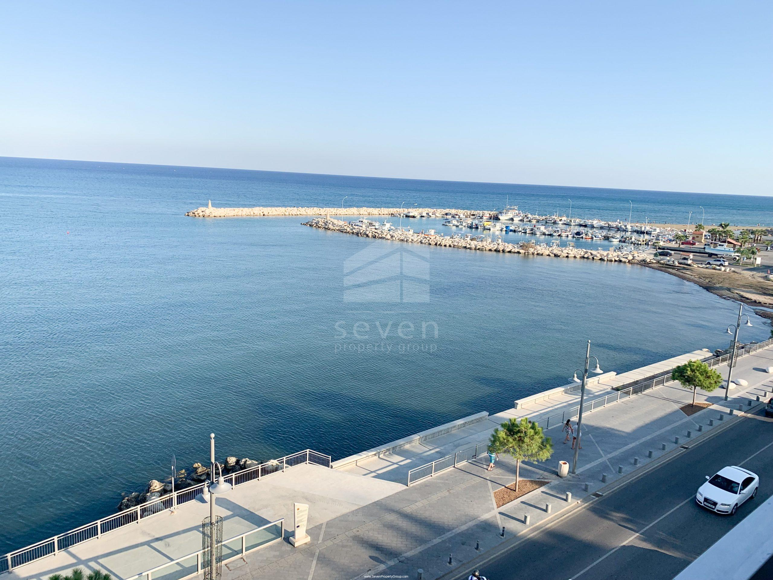 2BED SEAFRONT FLAT FOR SALE