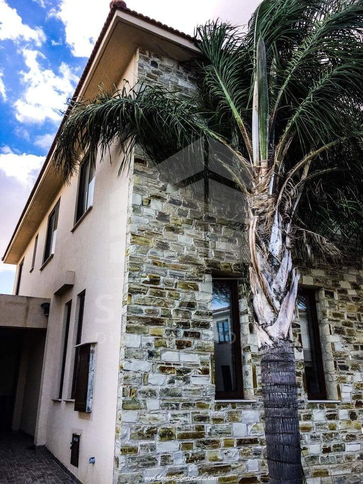 3BED HOUSE FOR SALE IN ARADIPPOU