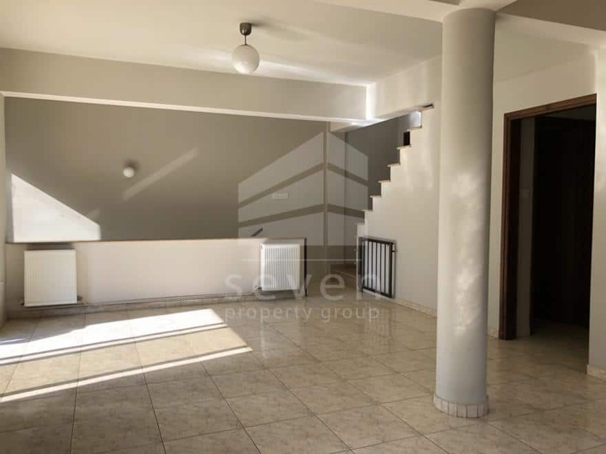 3 BED UPPER HOUSE FOR RENT NEW HOSPITAL