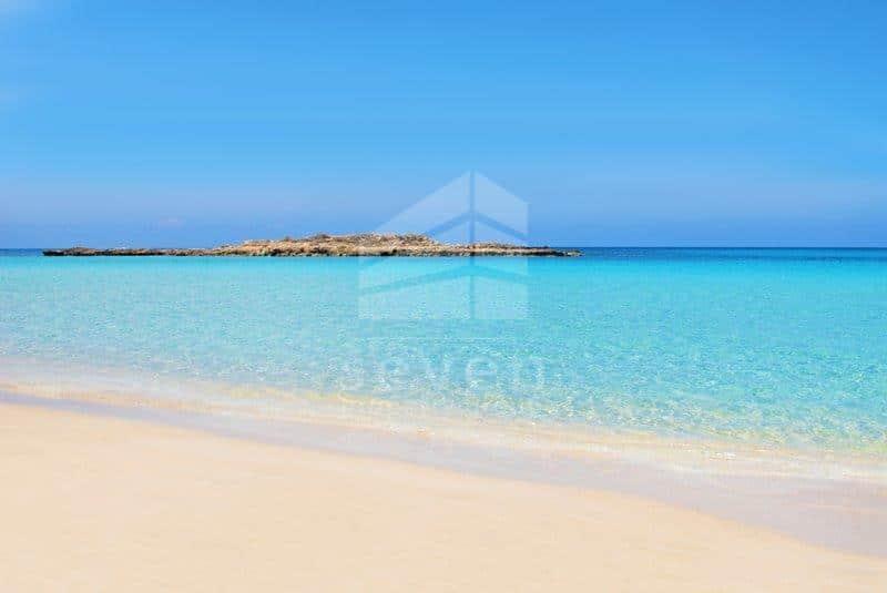 Giovani Beach