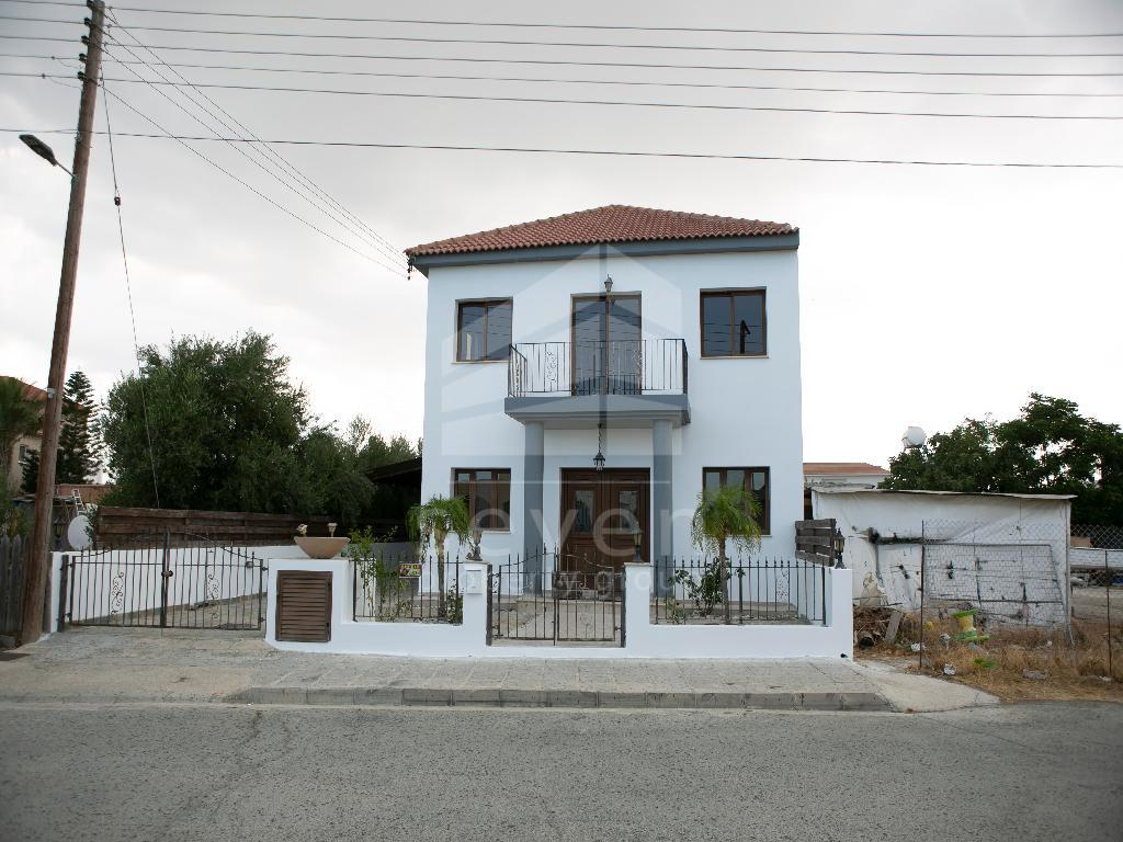 3 BED HOUSE FOR SALE IN LIVADIA
